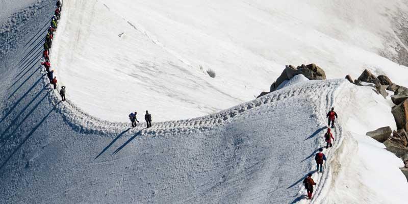 تیمی کوهنورد در بوتکمپ کارآموزی